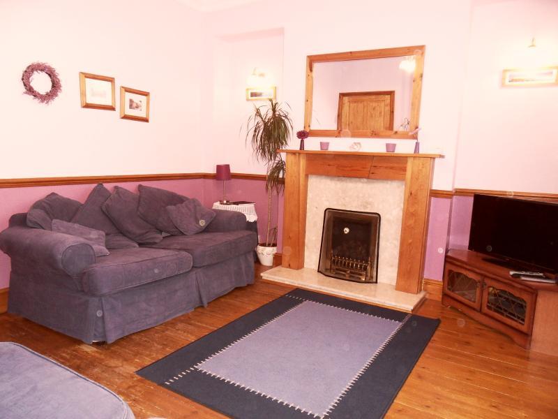 Salon confortable et spacieux « chez soi »