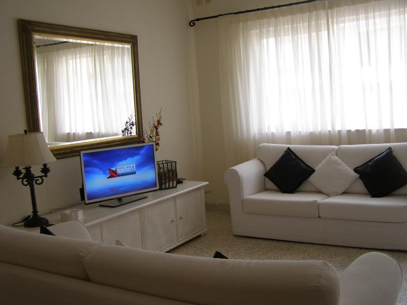 The living room with 42' LED TV and wi-fi