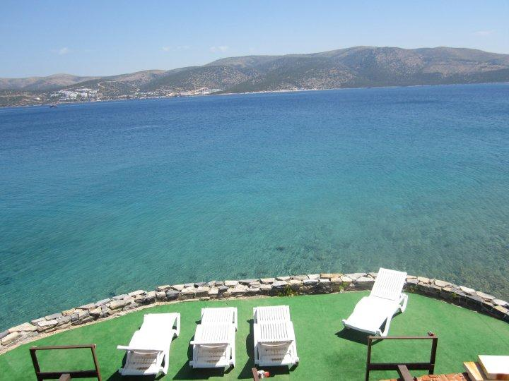 Gorgeous Turquoise waters of Bodrum Pennisular Bay