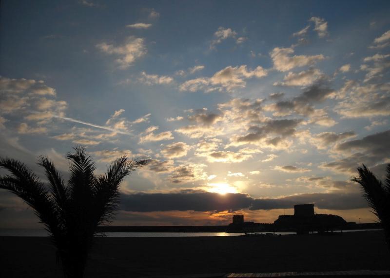 Bosa Marina, Sunset Island Red