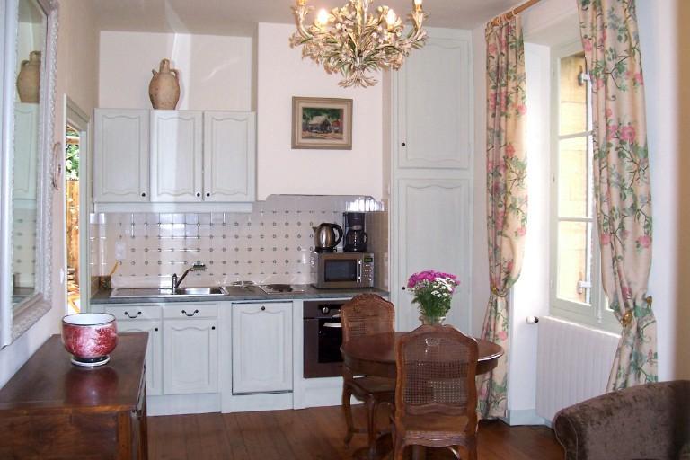 Cozinha, na sala de estar/sala de jantar de abertura