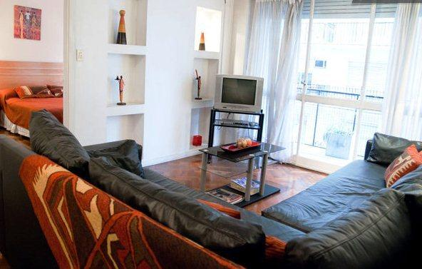Modern apartment in Downtown Buenos Aires, holiday rental in Veinticinco de Mayo