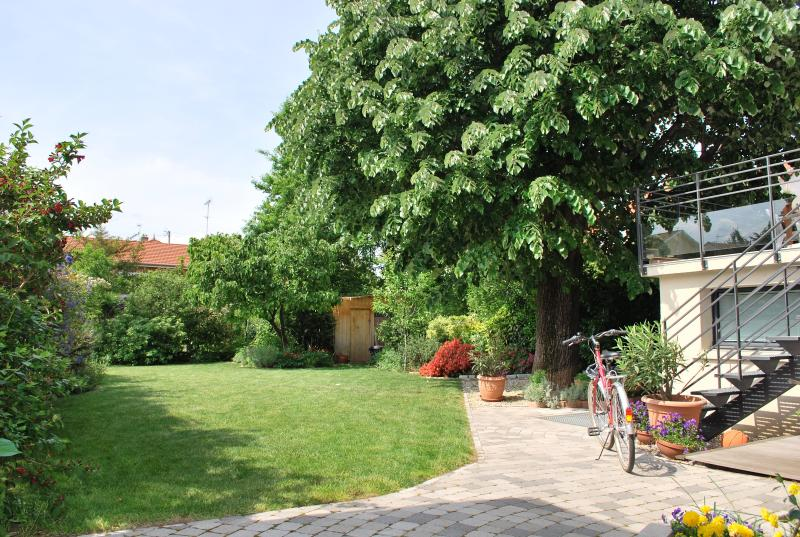 LE JARDIN DES ÉTATS, vacation rental in Rhone