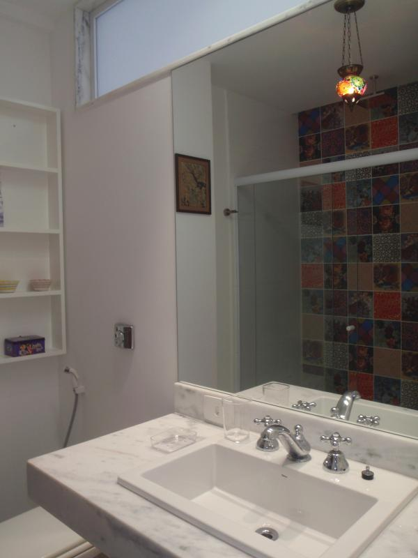 Second bedroom's bathroom