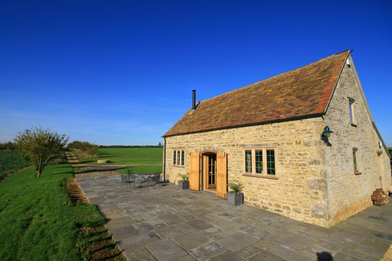 Calcot Peak Barn, The Cotswolds