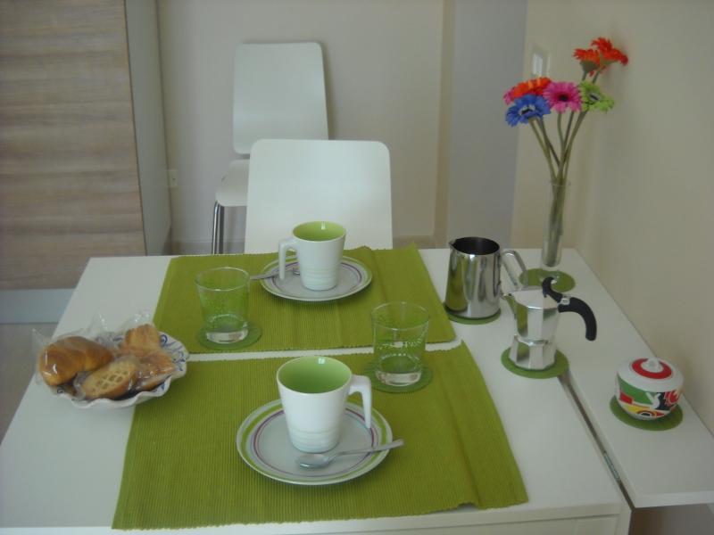 Le vacanze iniziano con una romantica colazione !!!!