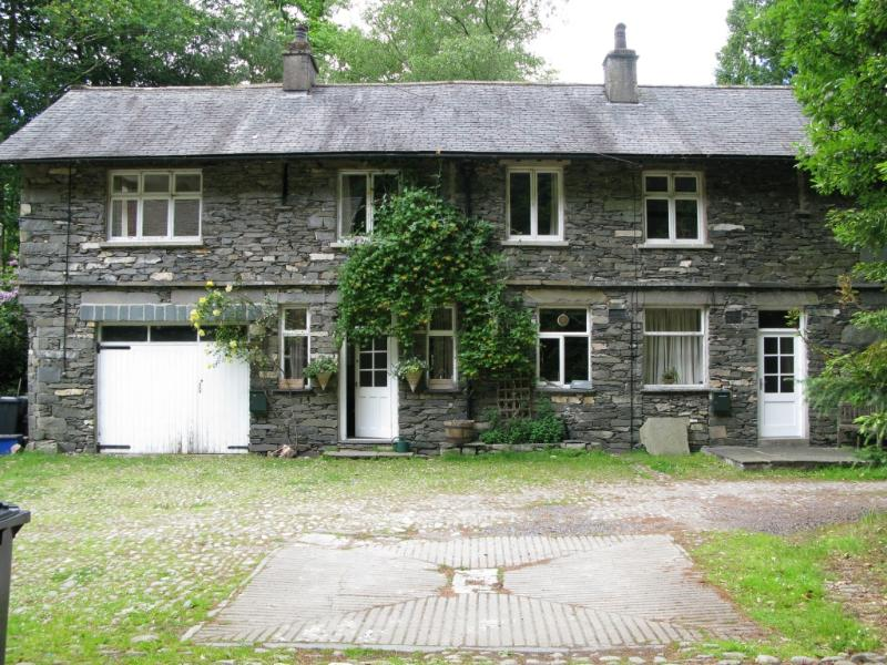 Detached woodland cottage with lake access and fell-side walks close-by. Great pubs 5 minutes drive.