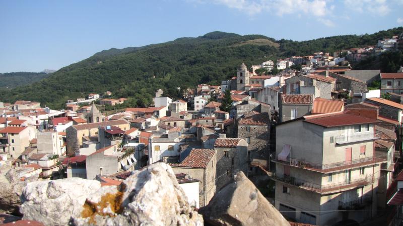 a casa du casteddu - 4 posti, attico, holiday rental in San Salvatore di Fitalia