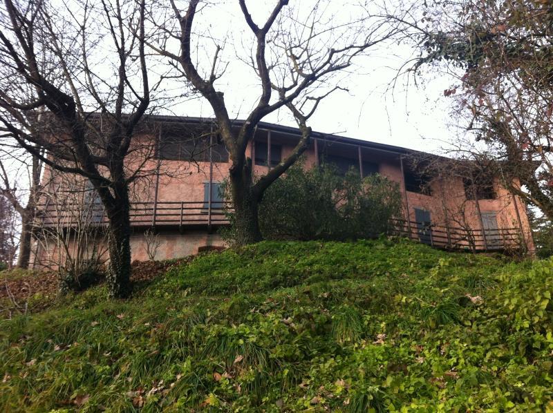 Part of Farmhouse, location de vacances à Villa D'Adda