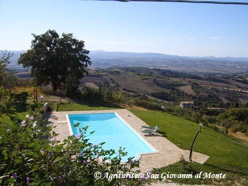 San Giovanni al Monte - Belved, vacation rental in Fratta Todina