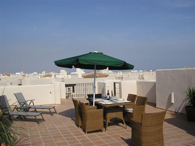 Phase 2 Penthouse 'Hibisco', vakantiewoning in Los Alcazares