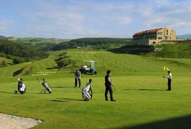 Campo de Golf en Comillas