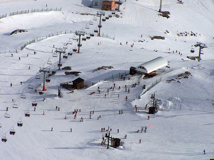 Pistas de esquí de Alto Campoo a 50 km