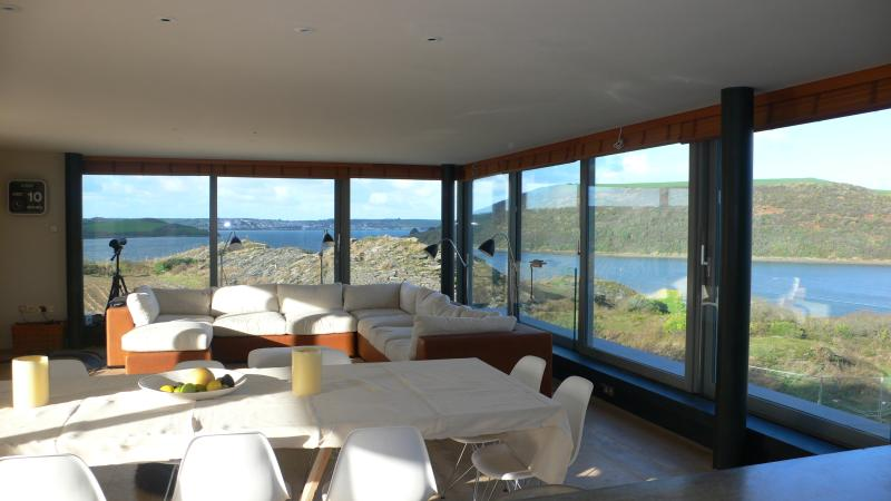 boat and bird watching 360 degree views from the large open plan sit/din/kitchen