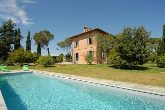 Tuscany 5 bedroom villa with private pool, vakantiewoning in Pienza