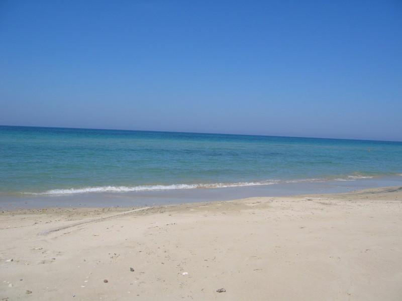 La maravillosa playa de 150 metros lejos de nuestra Villa con acceso directo!