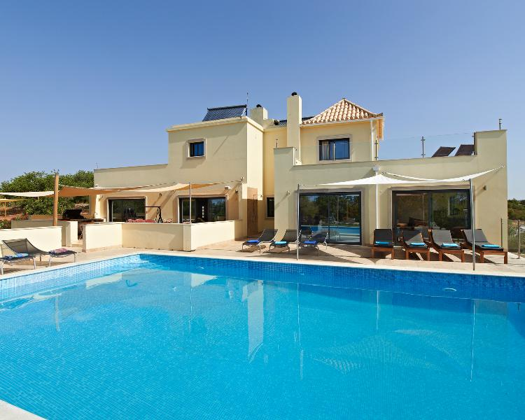 CASA RAPOSA  2021 Bookings now being taken, vacation rental in Tavira