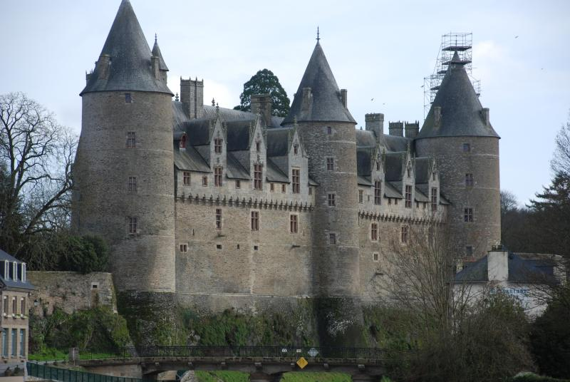 The stunning Chateau at Josselin undergoing its winter makeover - you should see her now!