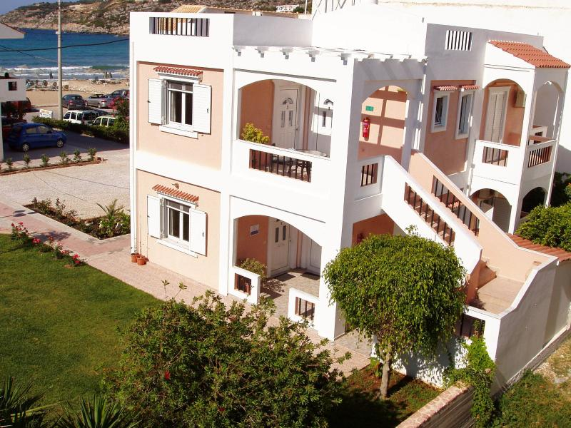 Elena Ap  2  side sea view, holiday rental in Almyrida