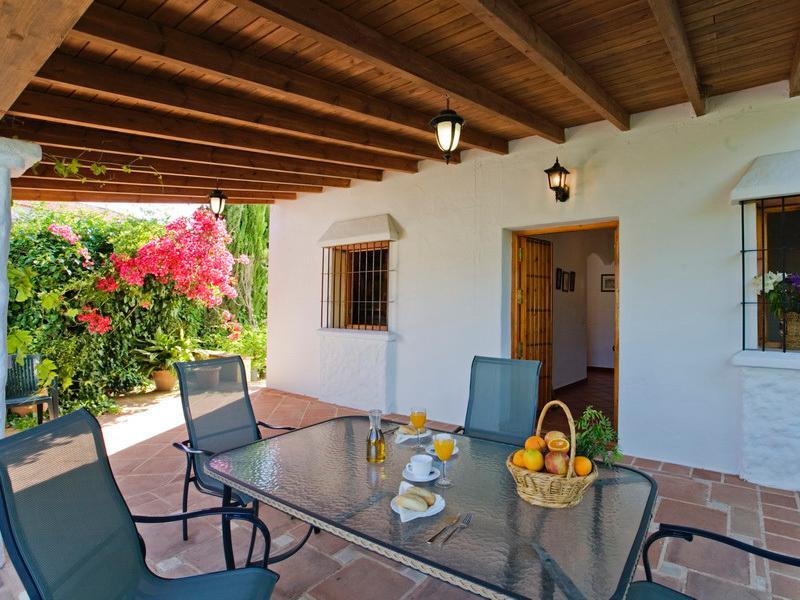 Rocabella Villa La Solana, holiday rental in Ardales