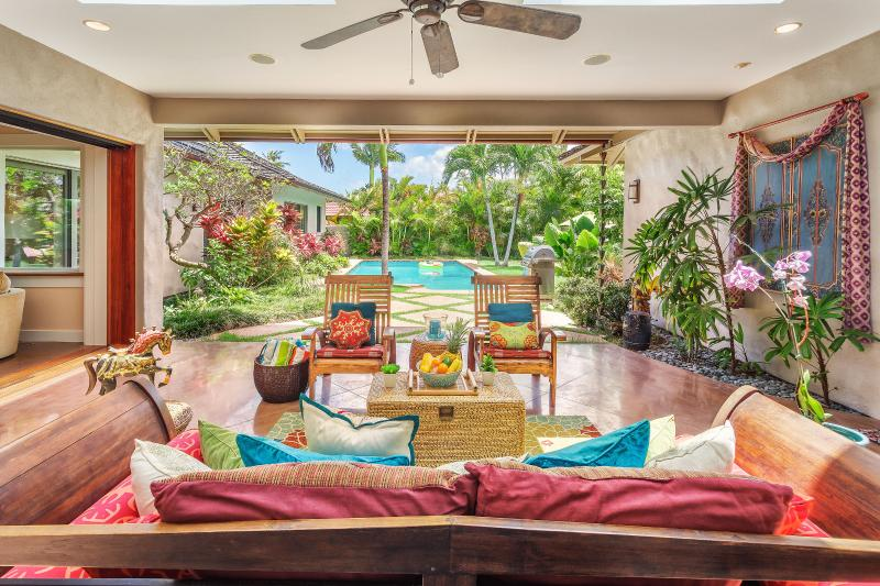 Covered outdoor lanai.