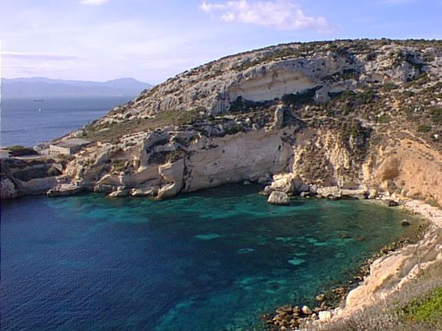 Rock climbing at Cala Fighera
