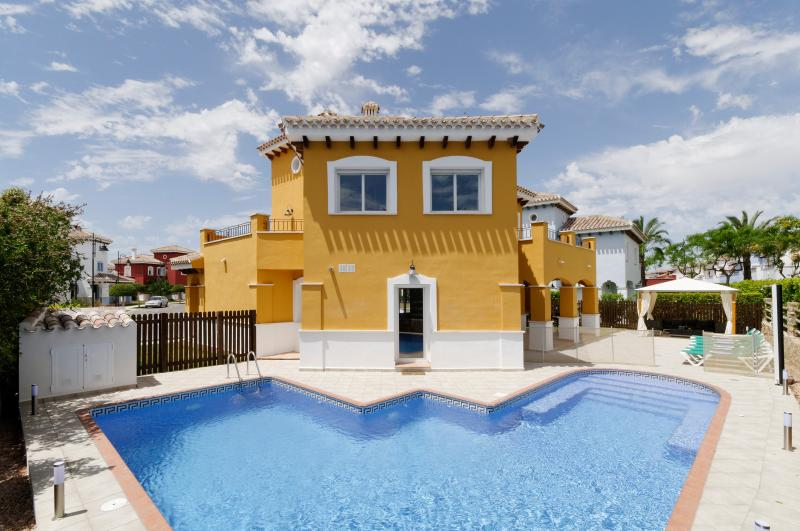 Large Luxury Villa with Large Private Heated Pool