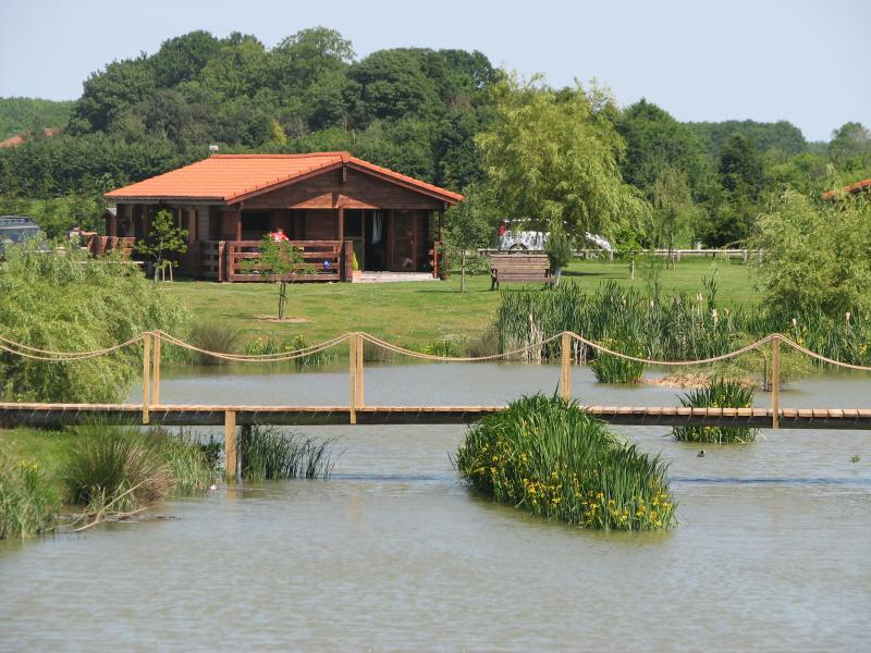 High quality lodge set in stunning grounds in a beautiful countryside setting.