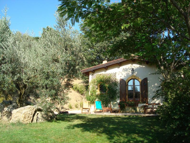 LA FARFALLINA COUNTRYHOUSE, holiday rental in Poggio Moiano