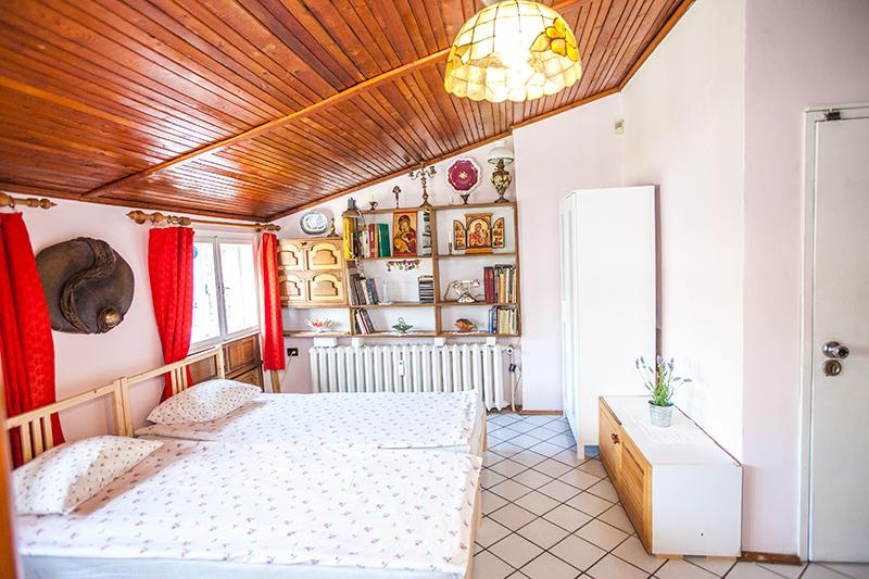 Unique loft in downtown Sofia, vacation rental in Sofia