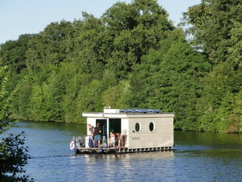 The Lake suite is movable like a boat.