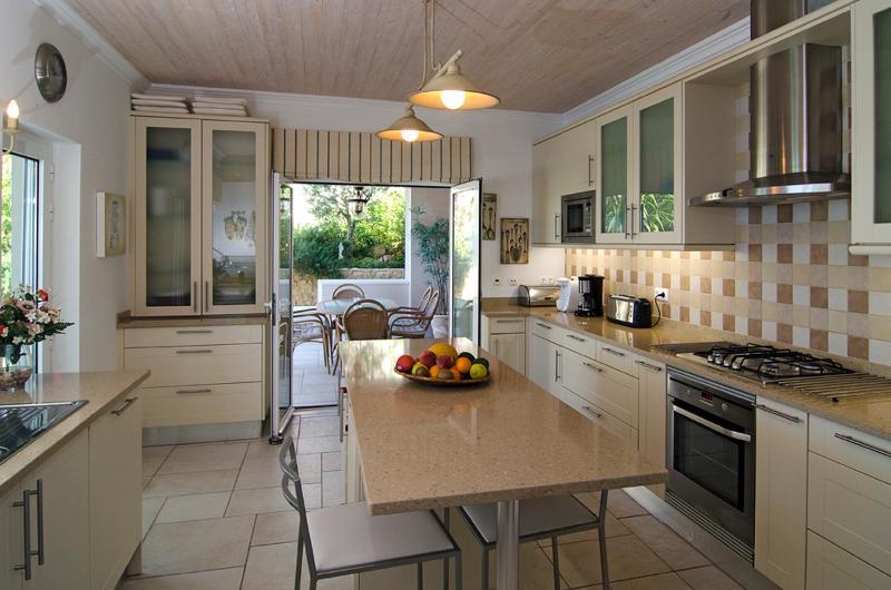 Simply Salema - Luxury self-catered villas in Salema, Algarve, Portugal