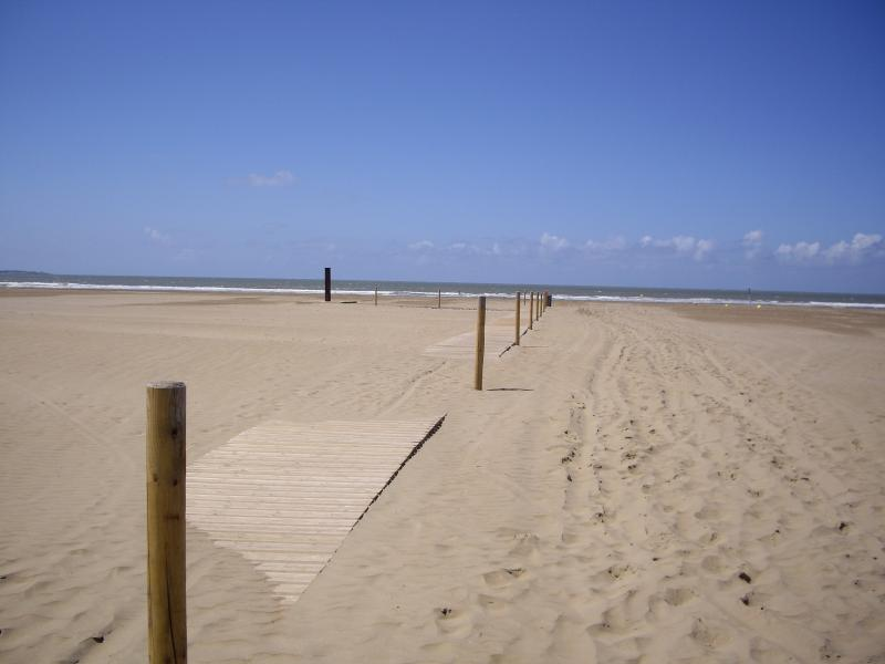 ST-BREVIN L'OCEAN : Great stretch of beach on more than 8 km