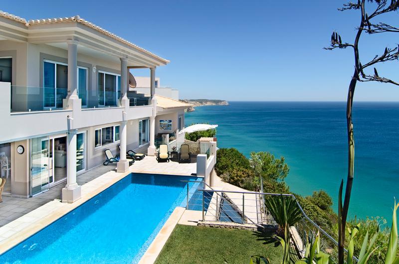 SIMPLY SALEMA - Casa Vista Paraíso OCEAN VILLA, holiday rental in Salema