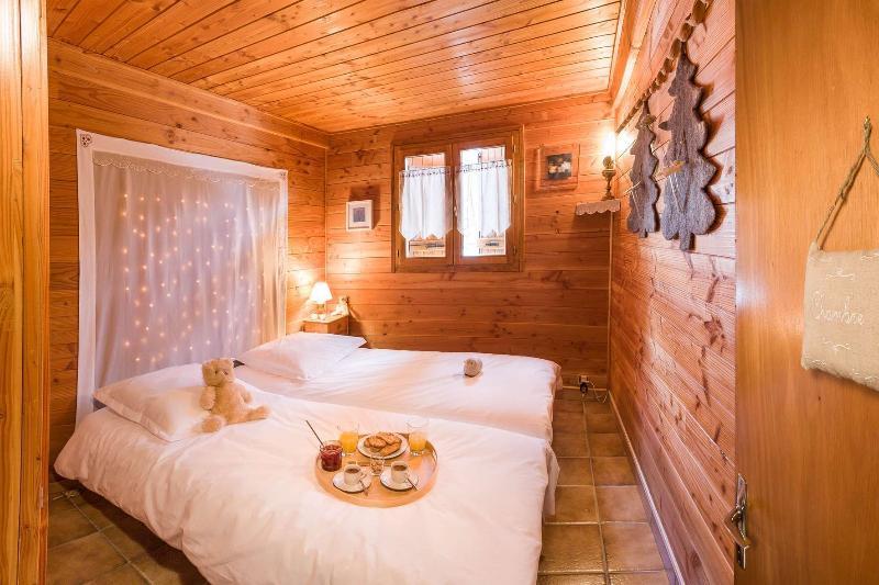 La habitación con 2 camas de Chalet Carpe Diem