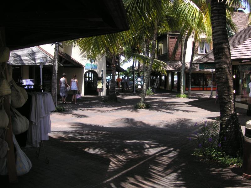 Sunset Boulevard, Grand Baie Village