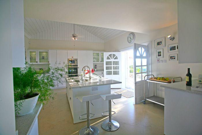 Fully appointed , modern kitchen with european appliances