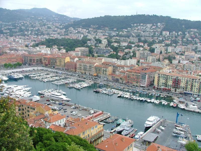 Haven van Nice - Gare Maritime, op 15 minuten loopafstand.