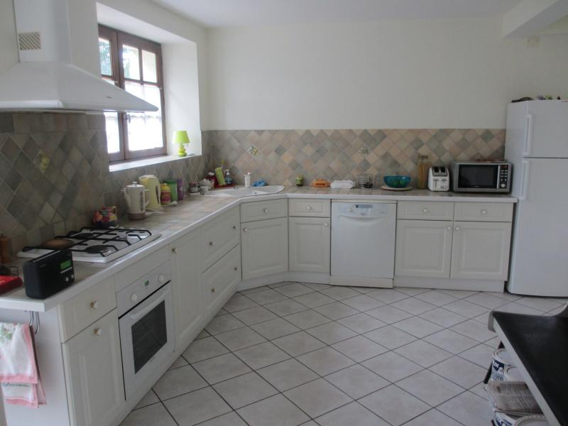 Fully equipped bright modern fitted kitchen with absolutely everything you will need