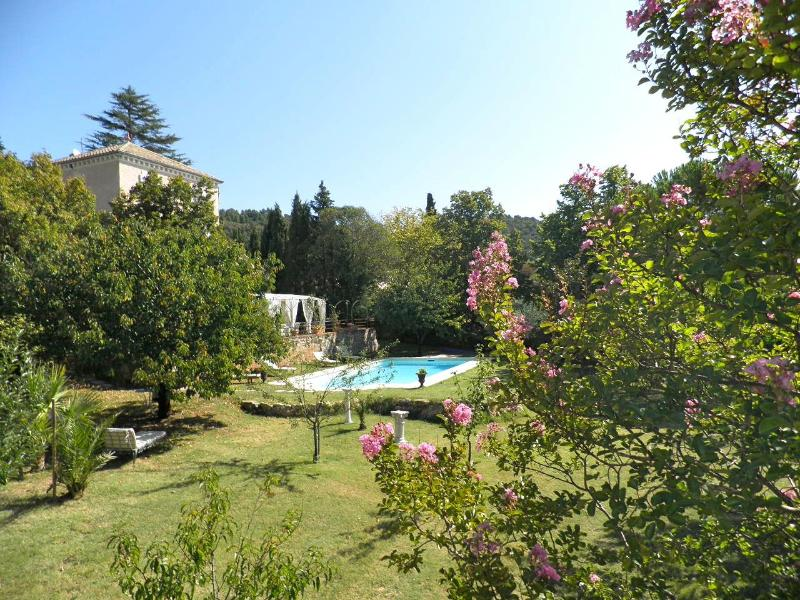 Garden and Villecroze