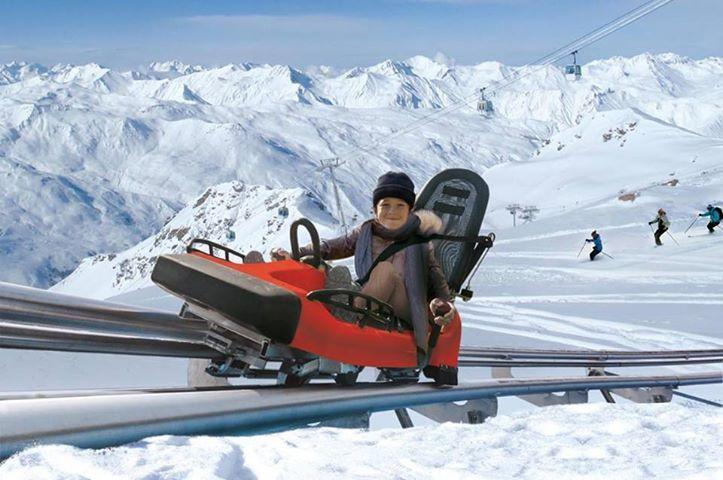 'Speed mountain' toboggan on rails. New for season 2013-14 in Les Bruyeres.