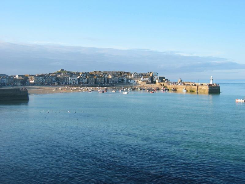 The beautiful St Ives harbour