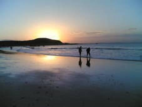Sunset Beach Longchamp