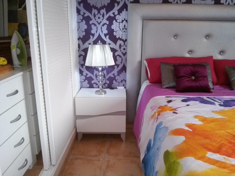 Main bedroom beutifully decorated and modern concept.   Bed size 190 com x 150 cms