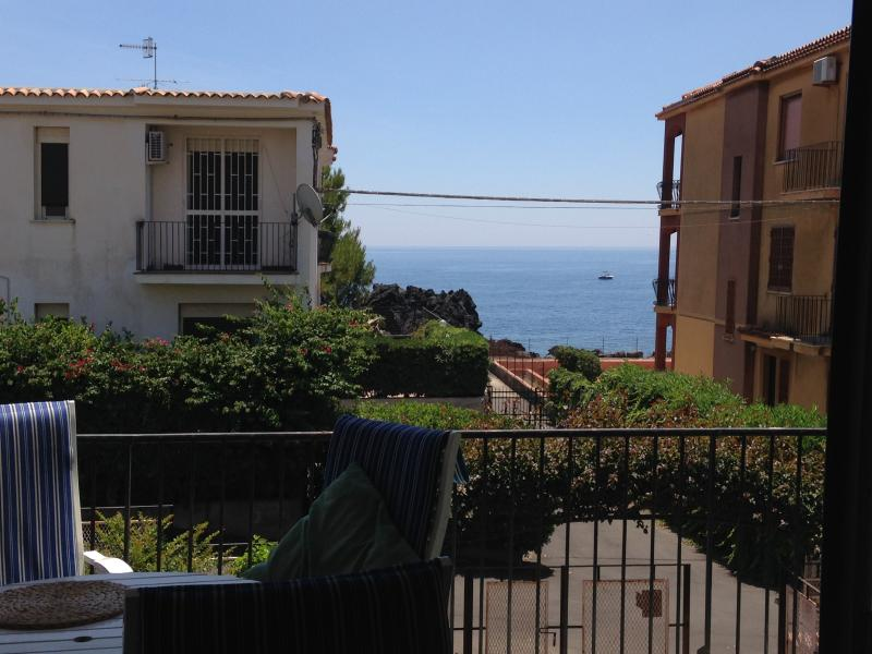 Blue House, holiday rental in Pozzillo