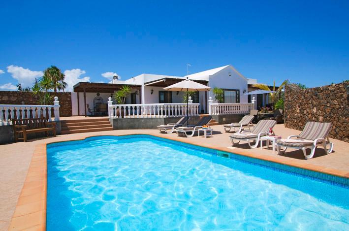 Casa Bellisima is stunning 5 star Villa., alquiler de vacaciones en Puerto del Carmen