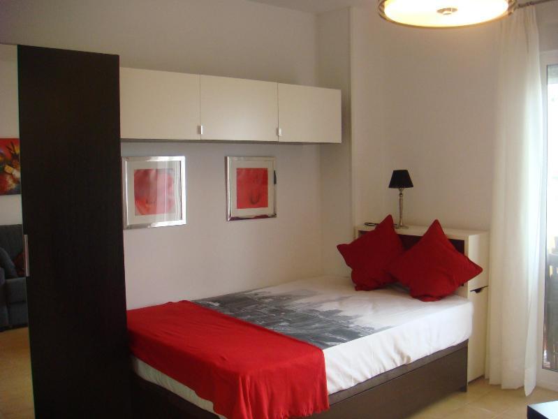 Bonito apartamento, holiday rental in Valdelagrana