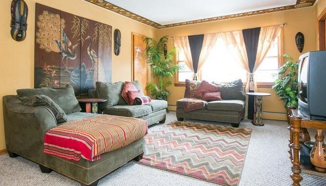 Mushaindoro 2nd Floor  shared Lounge