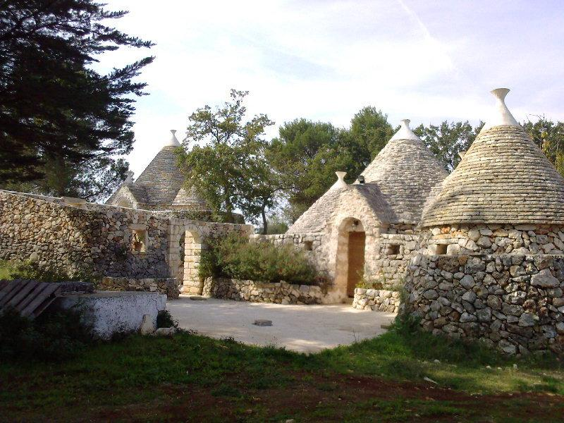 Trullo in Pineta, location de vacances à Villa Castelli