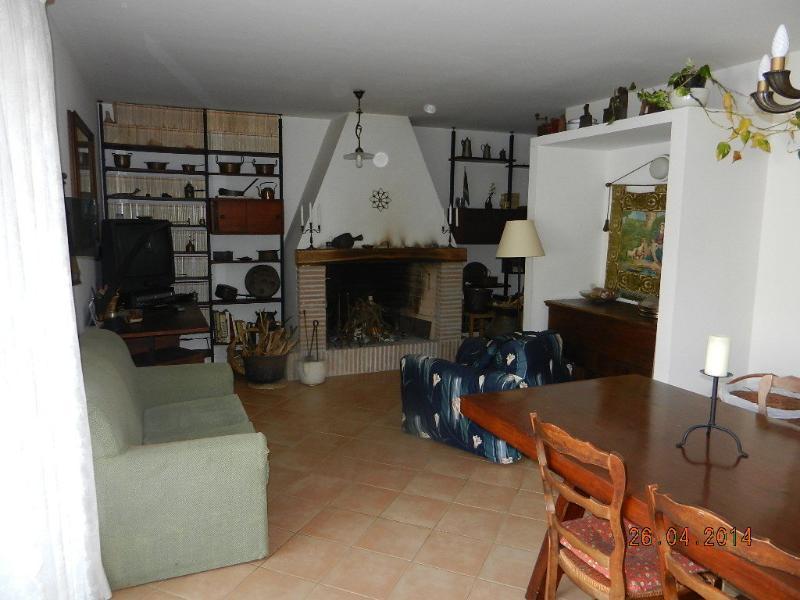 Sabaudia -VICINO a Sabaudia- in villa panoramica, holiday rental in Sabaudia